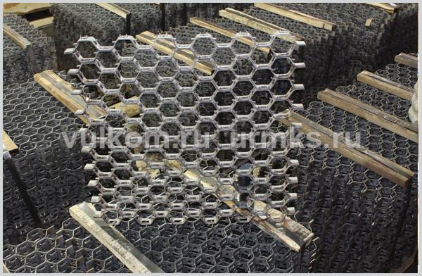Гексагональная сетка для огнеупорной футеровки